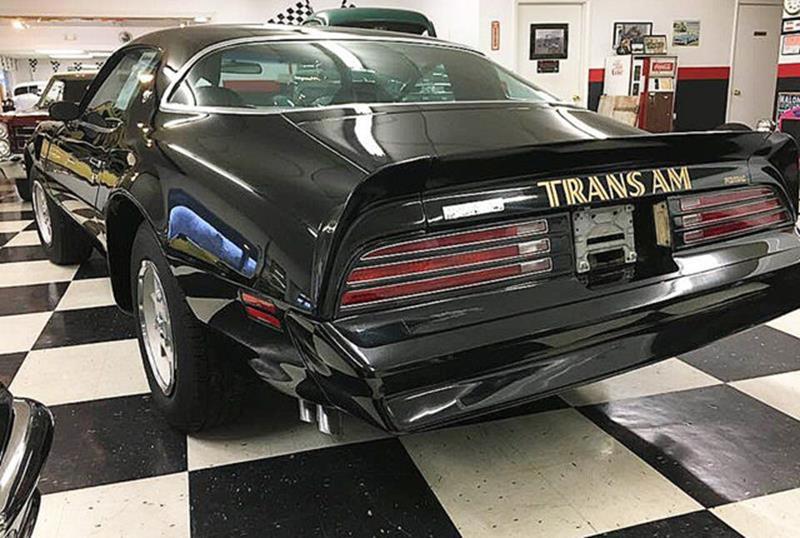 1976 Pontiac Trans Am 27