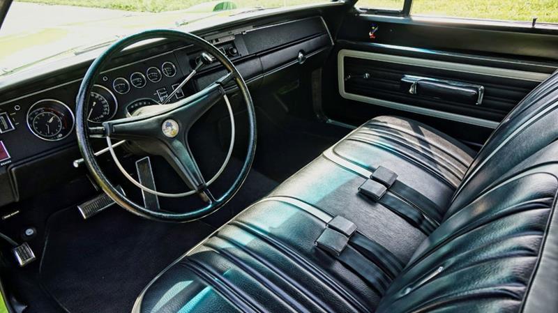 1970 Plymouth Superbird 37