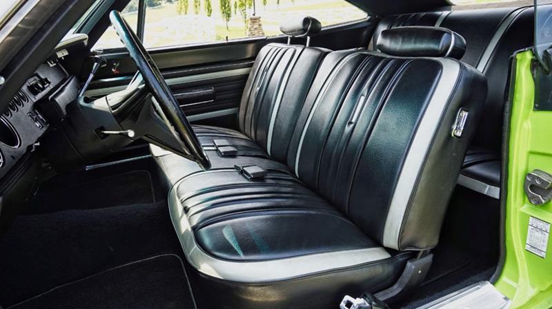 1970 Plymouth Superbird 39