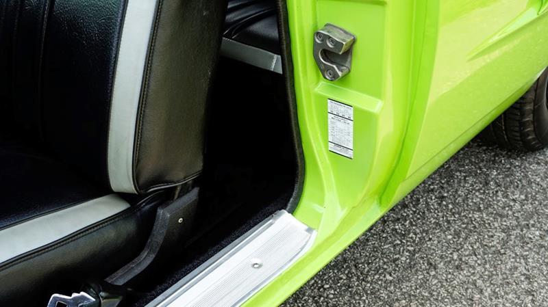 1970 Plymouth Superbird 40