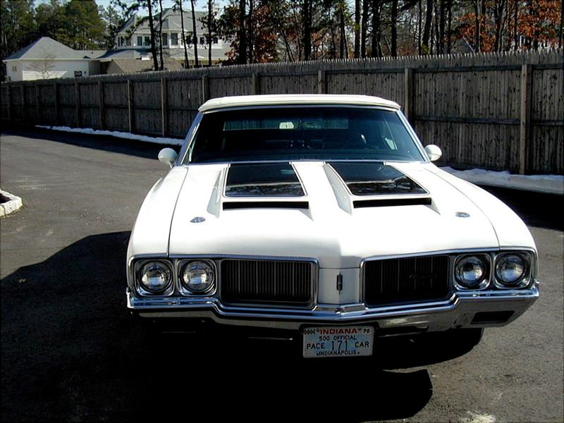 1970 Oldsmobile Cutlass 2