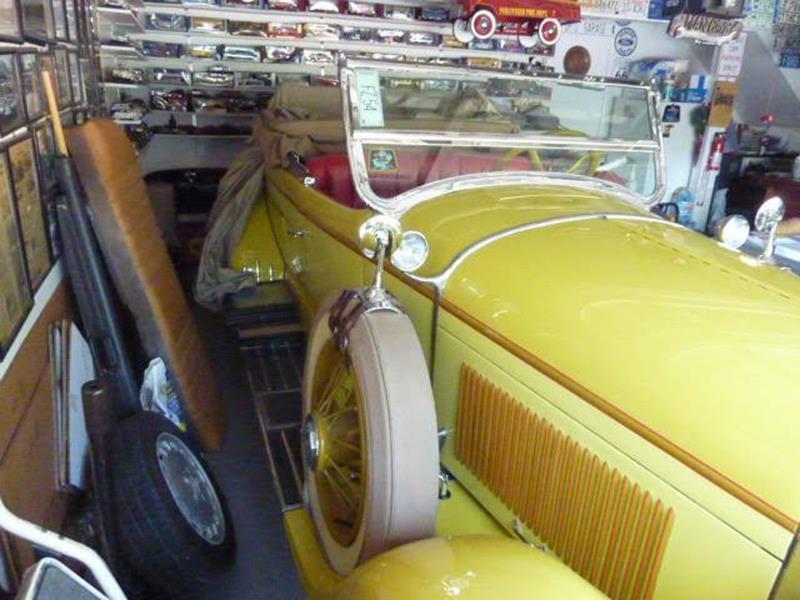 1929 Lincoln Model L 14