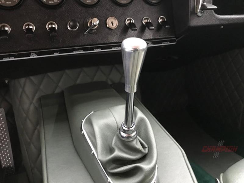 1964 Jaguar XK-Series 30