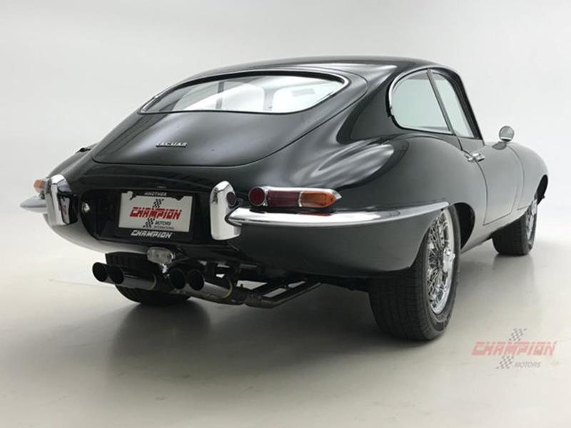 1964 Jaguar XK-Series 16