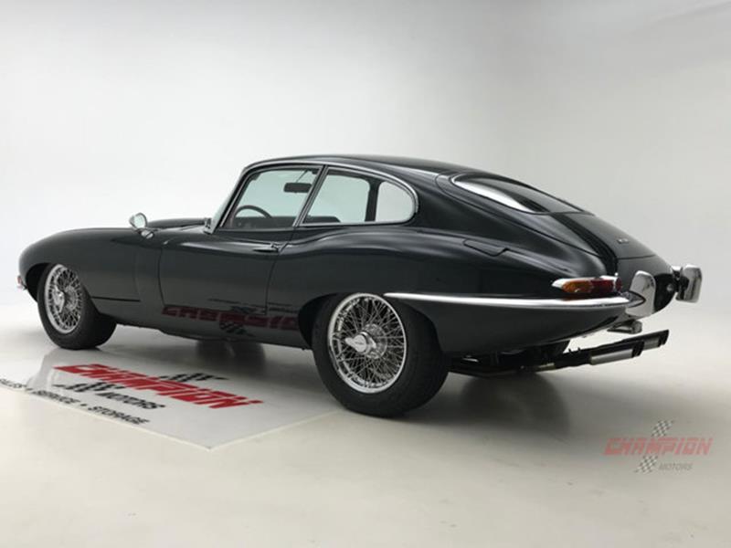 1964 Jaguar XK-Series 19