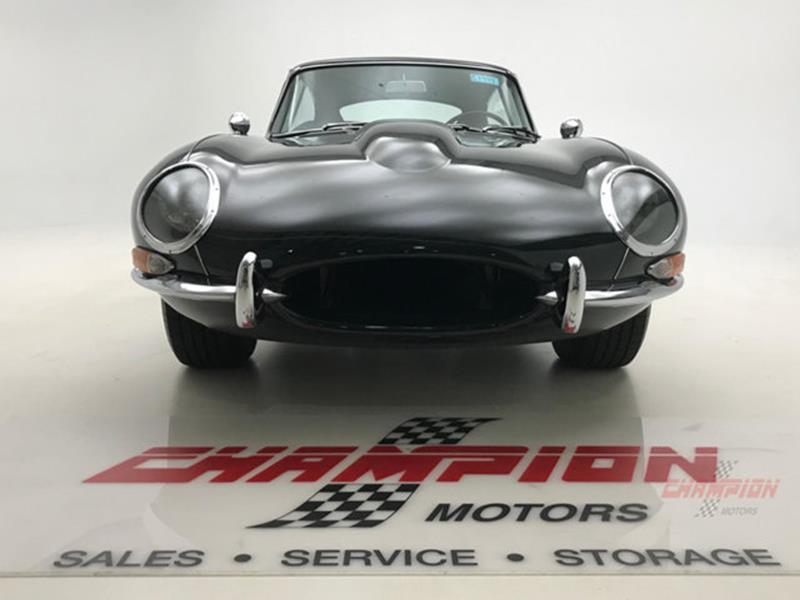 1964 Jaguar XK-Series 11