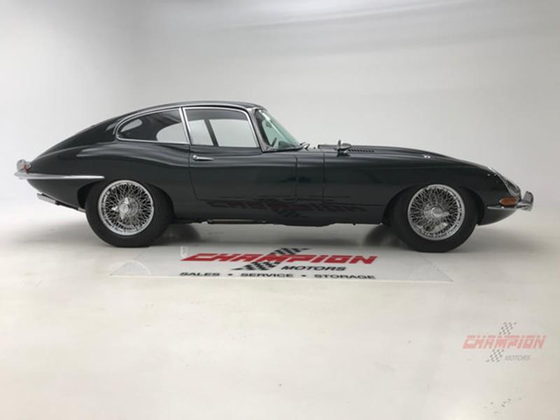 1964 Jaguar XK-Series 14
