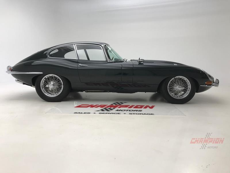 1964 Jaguar XK-Series 14