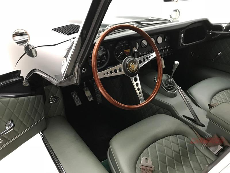 1964 Jaguar XK-Series 23