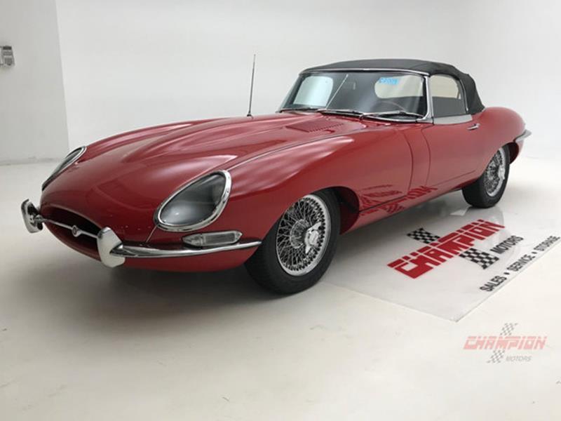 1967 Jaguar E Type Roadster 51
