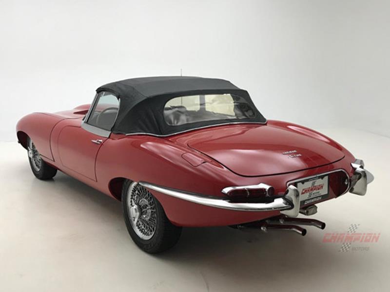 1967 Jaguar E Type Roadster 49