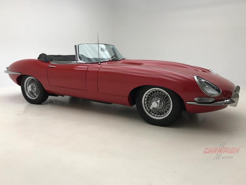 1967 Jaguar E Type Roadster 13