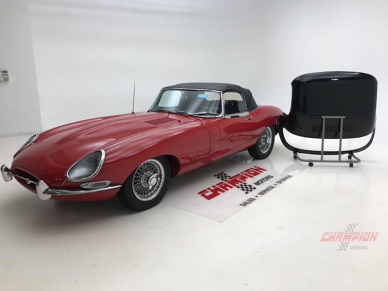 1967 Jaguar E Type Roadster 53