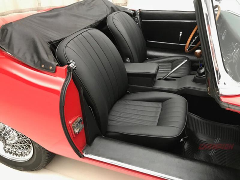 1967 Jaguar E Type Roadster 29
