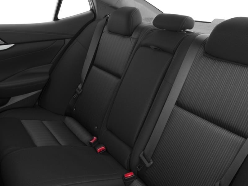 2016 Nissan Maxima 13