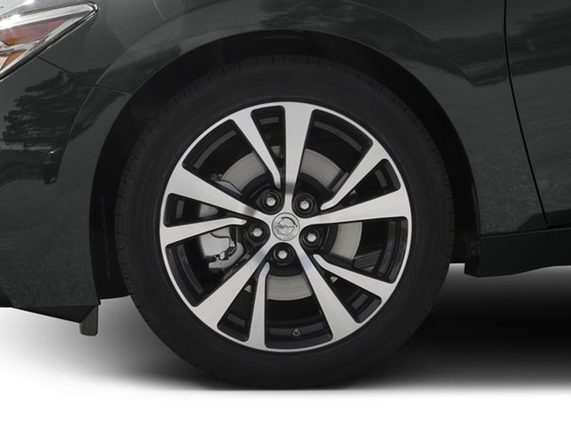2016 Nissan Maxima 10