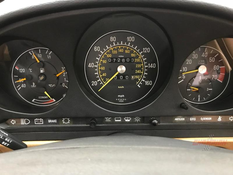 1987 Mercedes-Benz 560-Class 22
