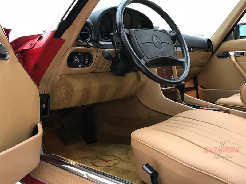 1987 Mercedes-Benz 560-Class 36