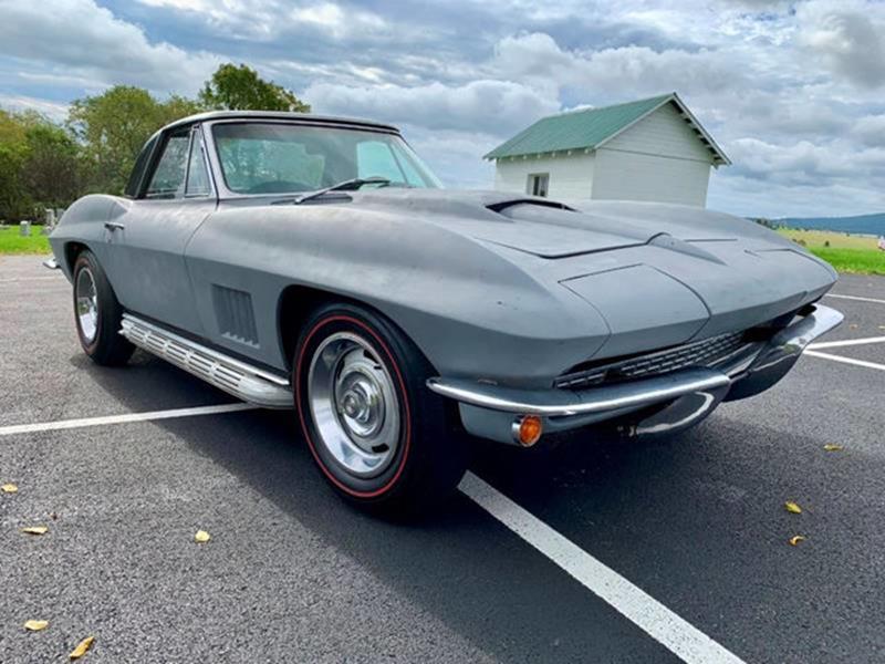 1967 Chevrolet Corvette 21