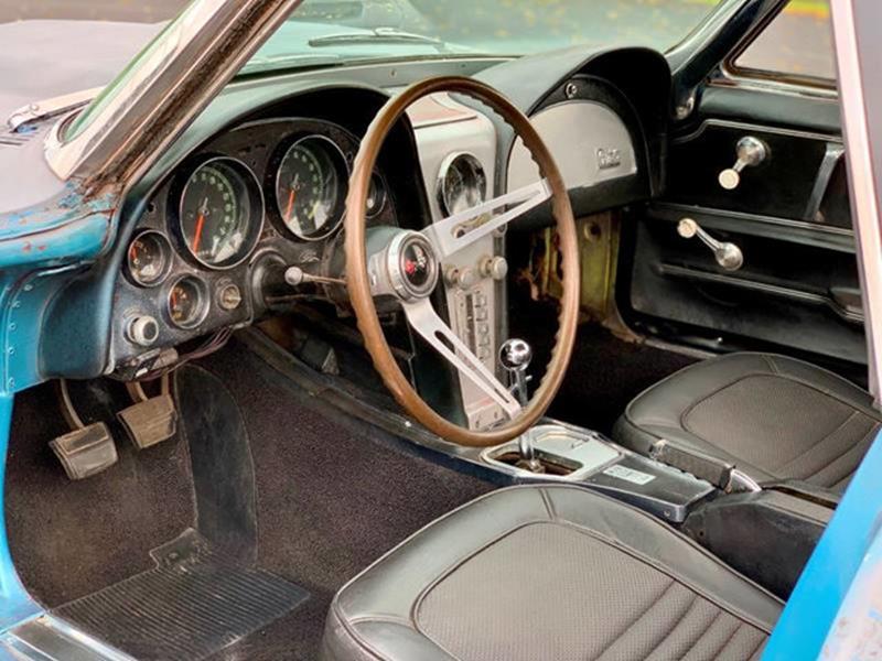 1967 Chevrolet Corvette 75