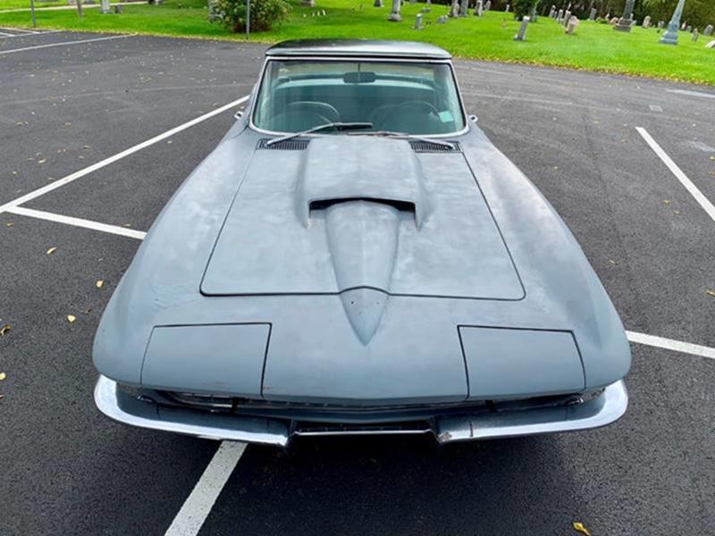 1967 Chevrolet Corvette 23