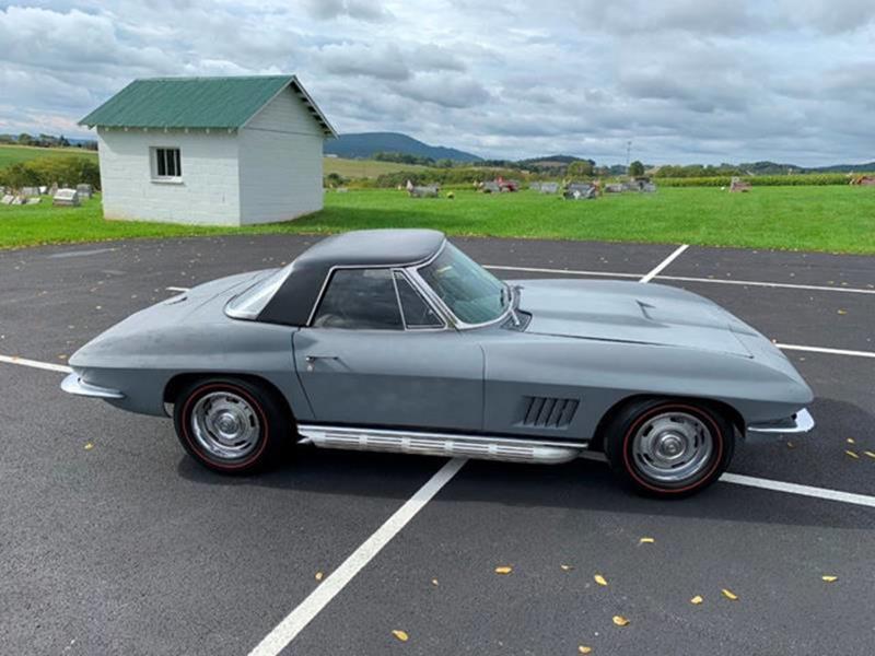 1967 Chevrolet Corvette 17
