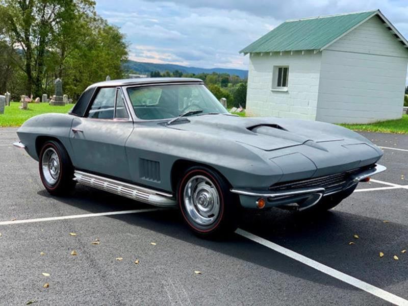 1967 Chevrolet Corvette 19