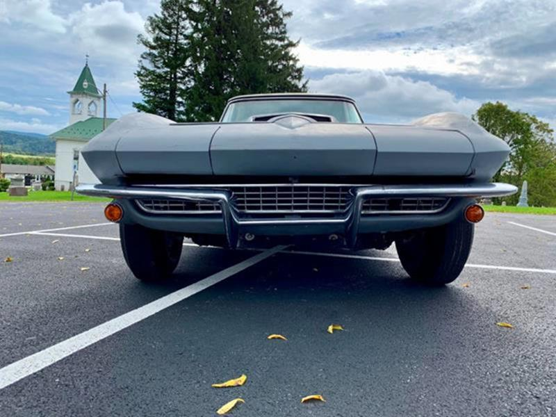1967 Chevrolet Corvette 24