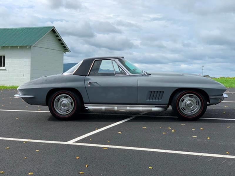 1967 Chevrolet Corvette 16