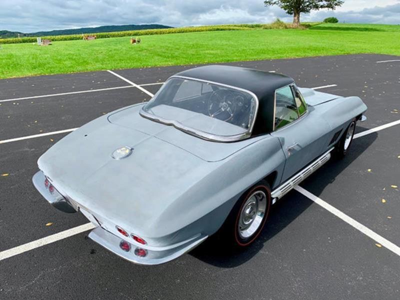 1967 Chevrolet Corvette 14