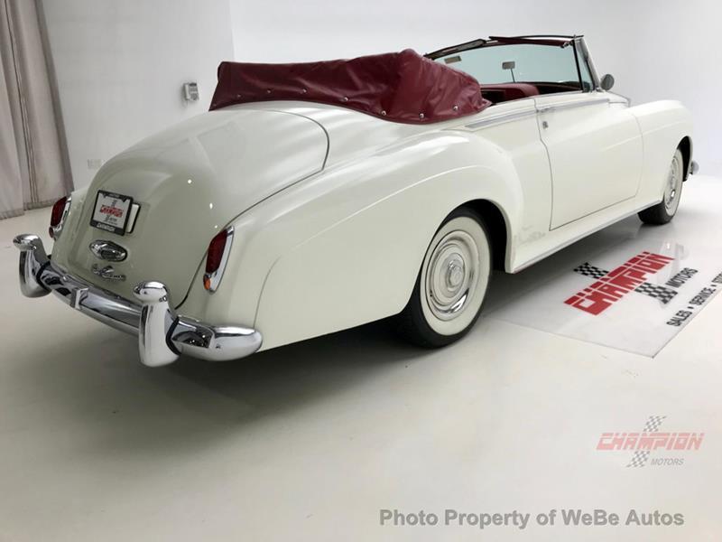 1961 Rolls-Royce Silver Cloud 3 15