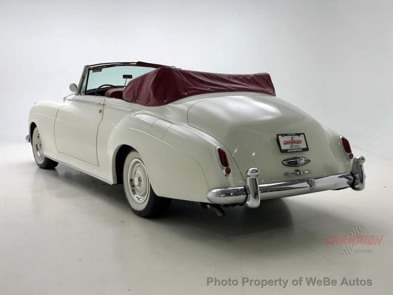 1961 Rolls-Royce Silver Cloud 3 18