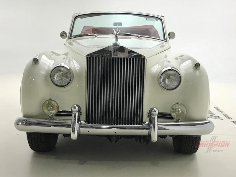 1961 Rolls-Royce Silver Cloud 3 11