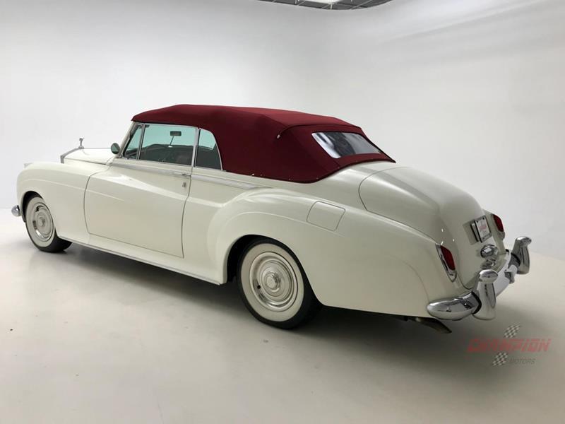 1961 Rolls-Royce Silver Cloud 3 43