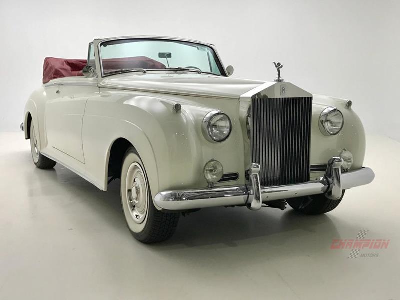 1961 Rolls-Royce Silver Cloud 3 12