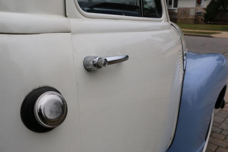 1951 Chevrolet 3100 35