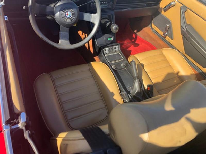 1987 Alfa Romeo Spider 39