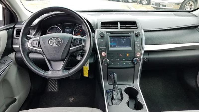 2017 Toyota Camry 11