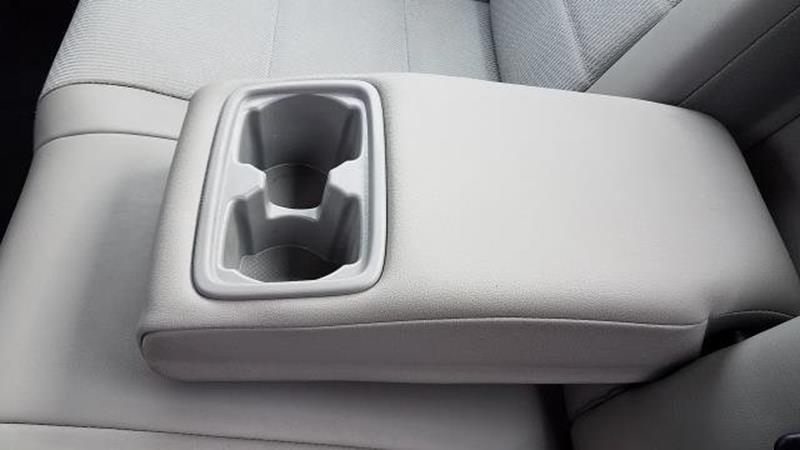 2017 Toyota Camry 10