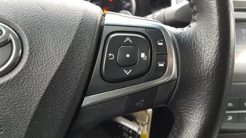 2017 Toyota Camry 15