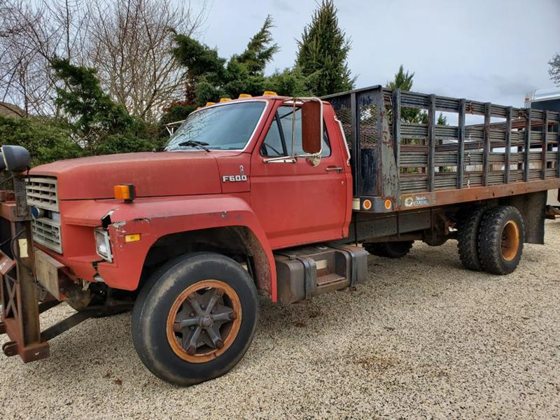1987 Ford F-600