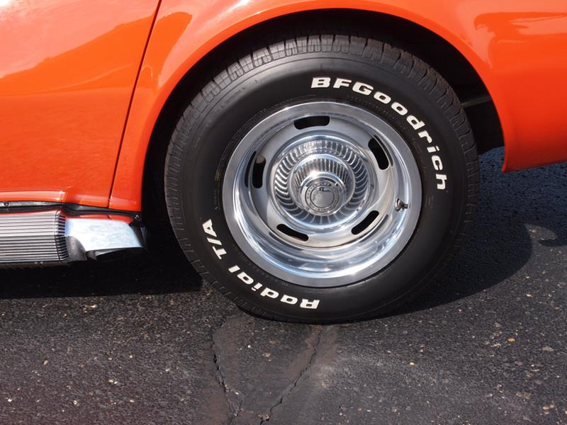 1968 Chevrolet Corvette 24