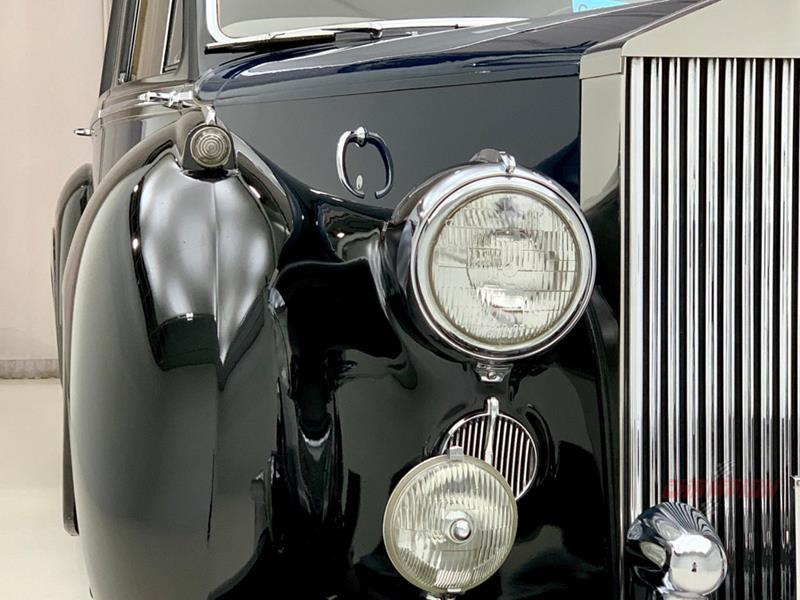 1953 Rolls-Royce Silver Dawn 59