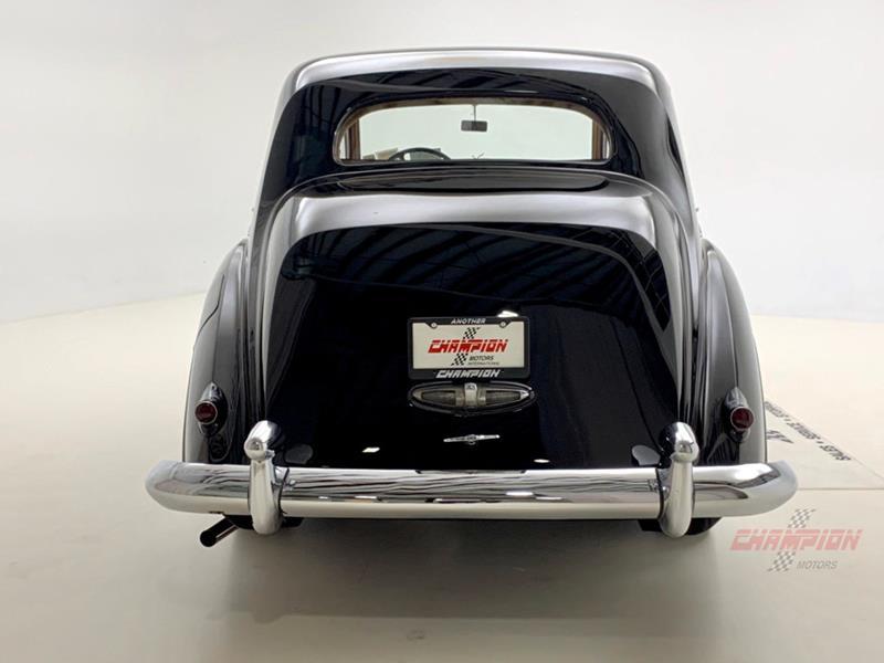 1953 Rolls-Royce Silver Dawn 10