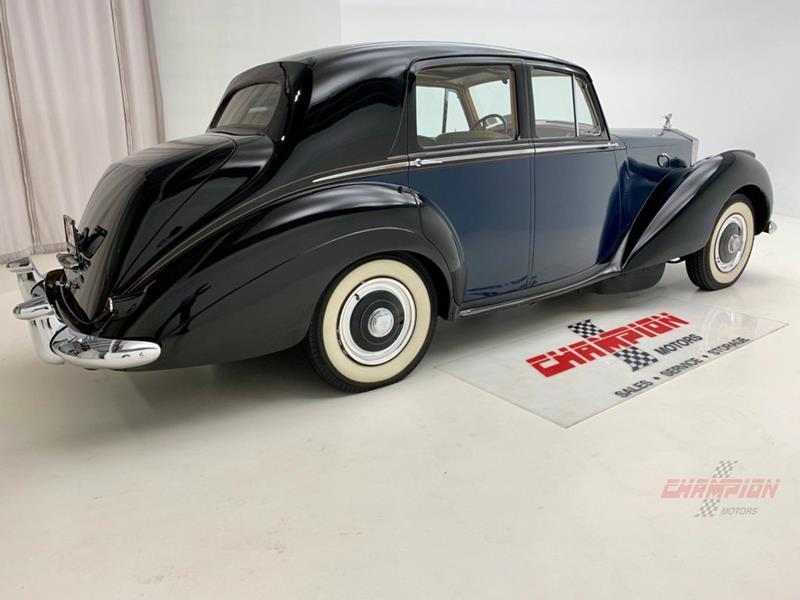 1953 Rolls-Royce Silver Dawn 8
