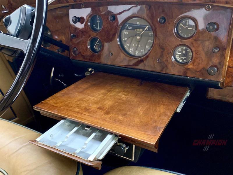 1953 Rolls-Royce Silver Dawn 23