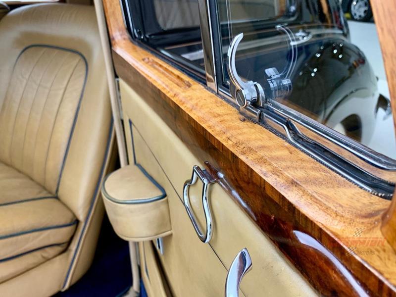 1953 Rolls-Royce Silver Dawn 55