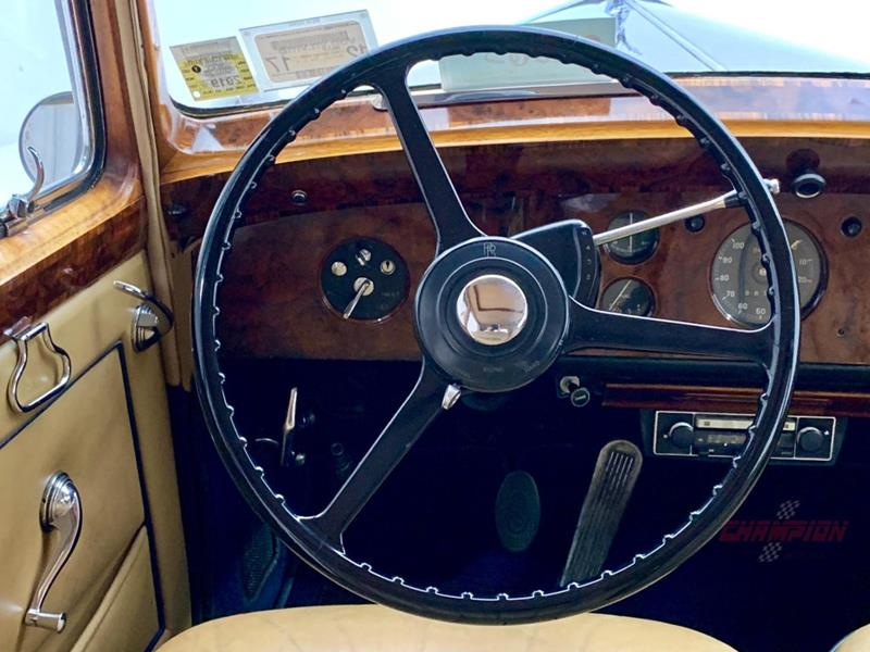 1953 Rolls-Royce Silver Dawn 17