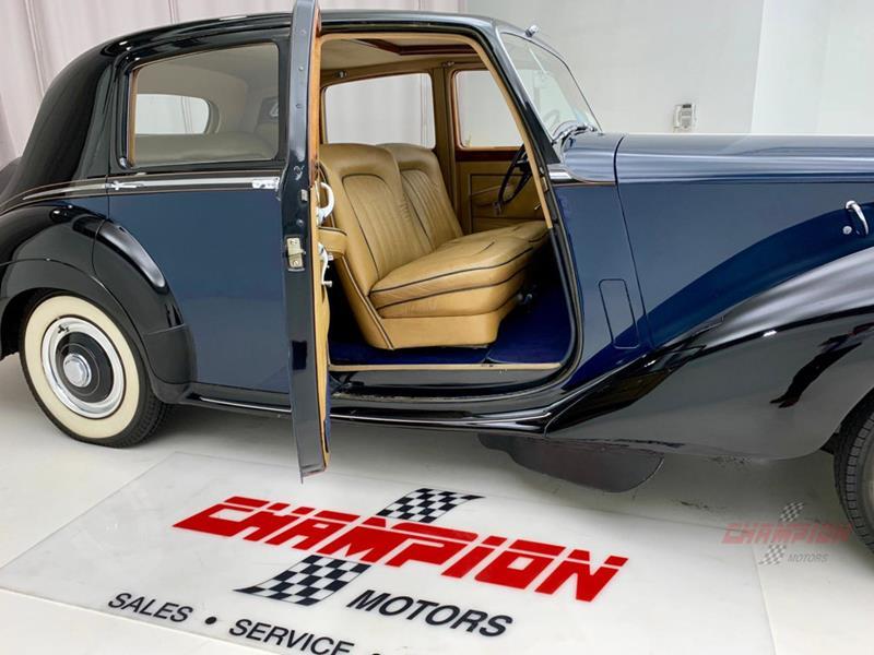 1953 Rolls-Royce Silver Dawn 27