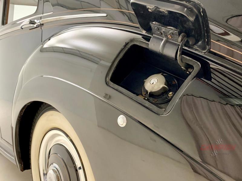 1953 Rolls-Royce Silver Dawn 52